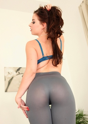 Yoga Pants Ass Pictures