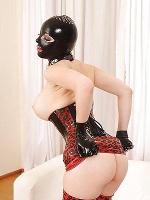 Latex Ass Pictures